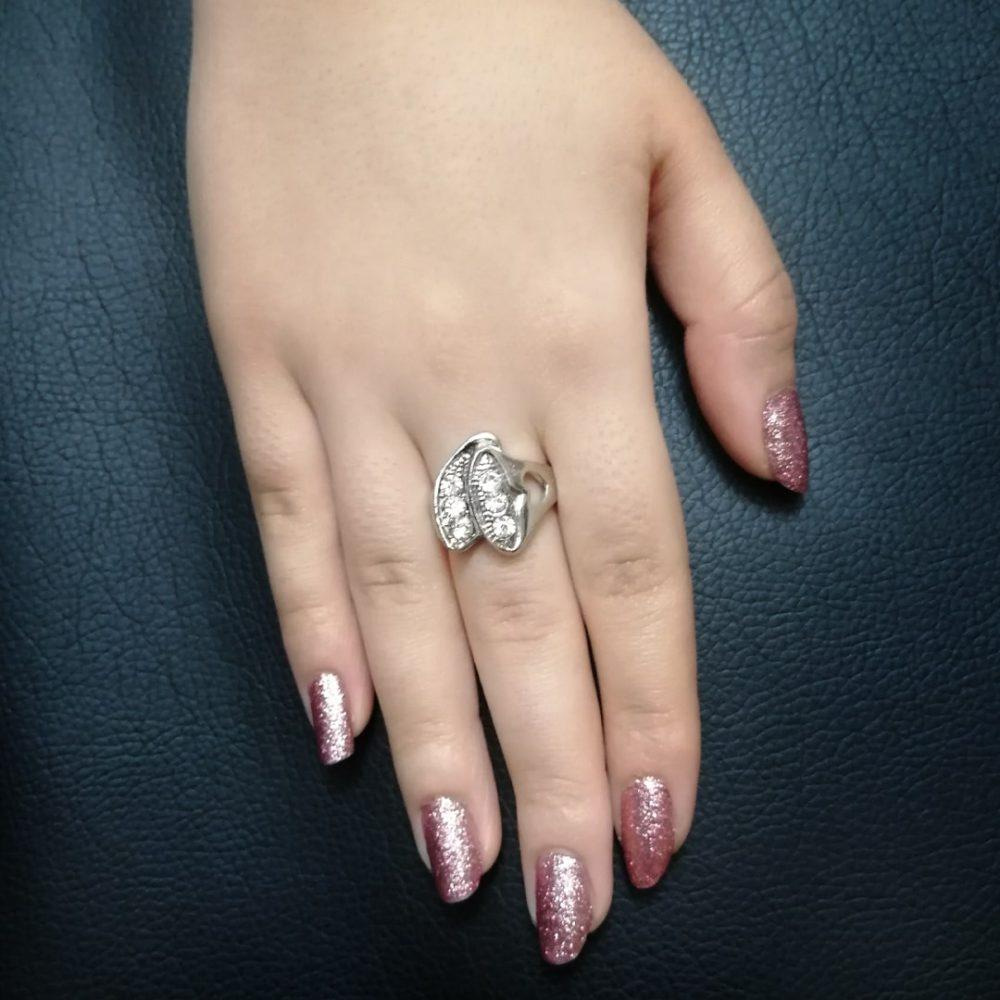 انگشتر نقره ای نگین دار