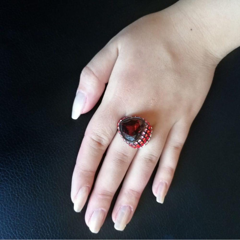 انگشتر کوبیسم نگین دار مدل قلب