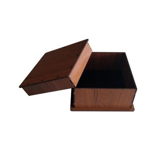 جعبه کادو چوبی مربع - قهوه ای روشن (دارای کفی مخملی)