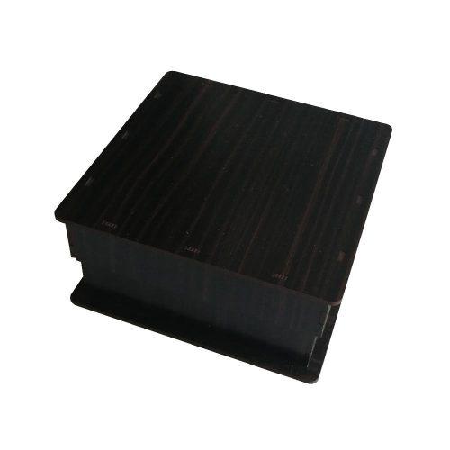 جعبه کادو چوبی مربع - قهوه ای سوخته (دارای کفی مخملی)