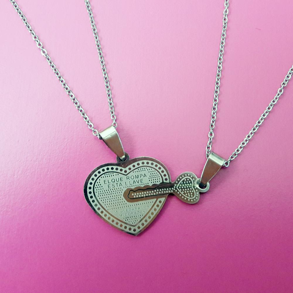 پلاک استیل جفتی قلب و کلید رنگ ثابت با دو زنجیر استیل دیپلمات